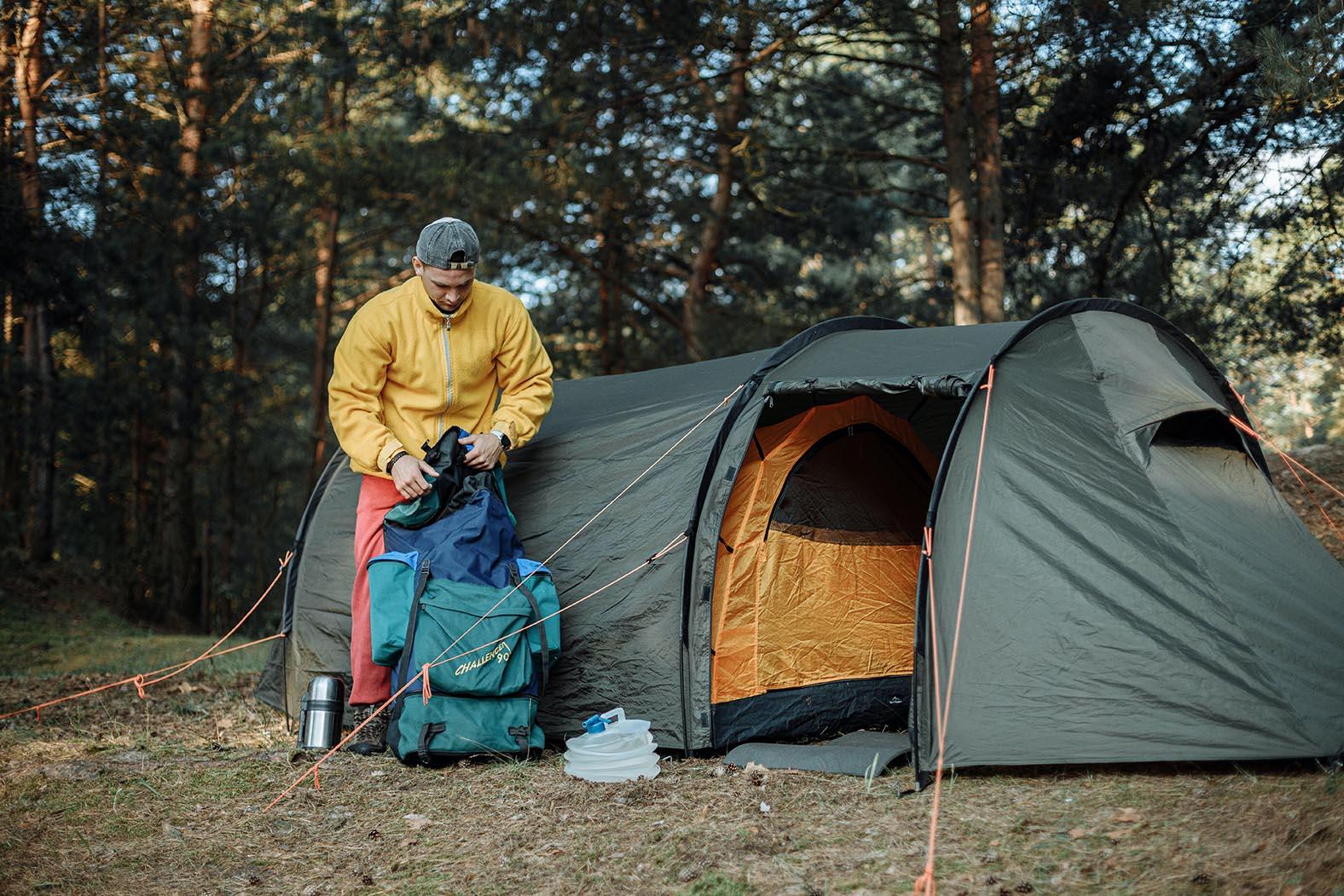viel Platz auf dem Campingplatz