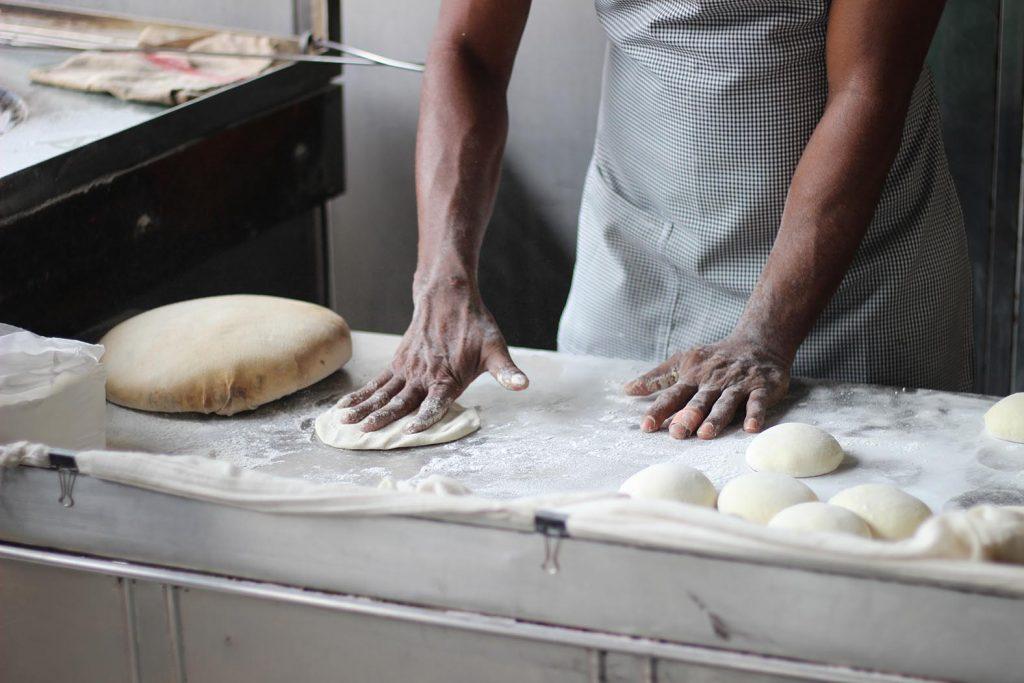 Auch Koch, Bäcker oder Konditor ist beim richtigen Betrieb ein richtig kreativer Ausbildungsberuf