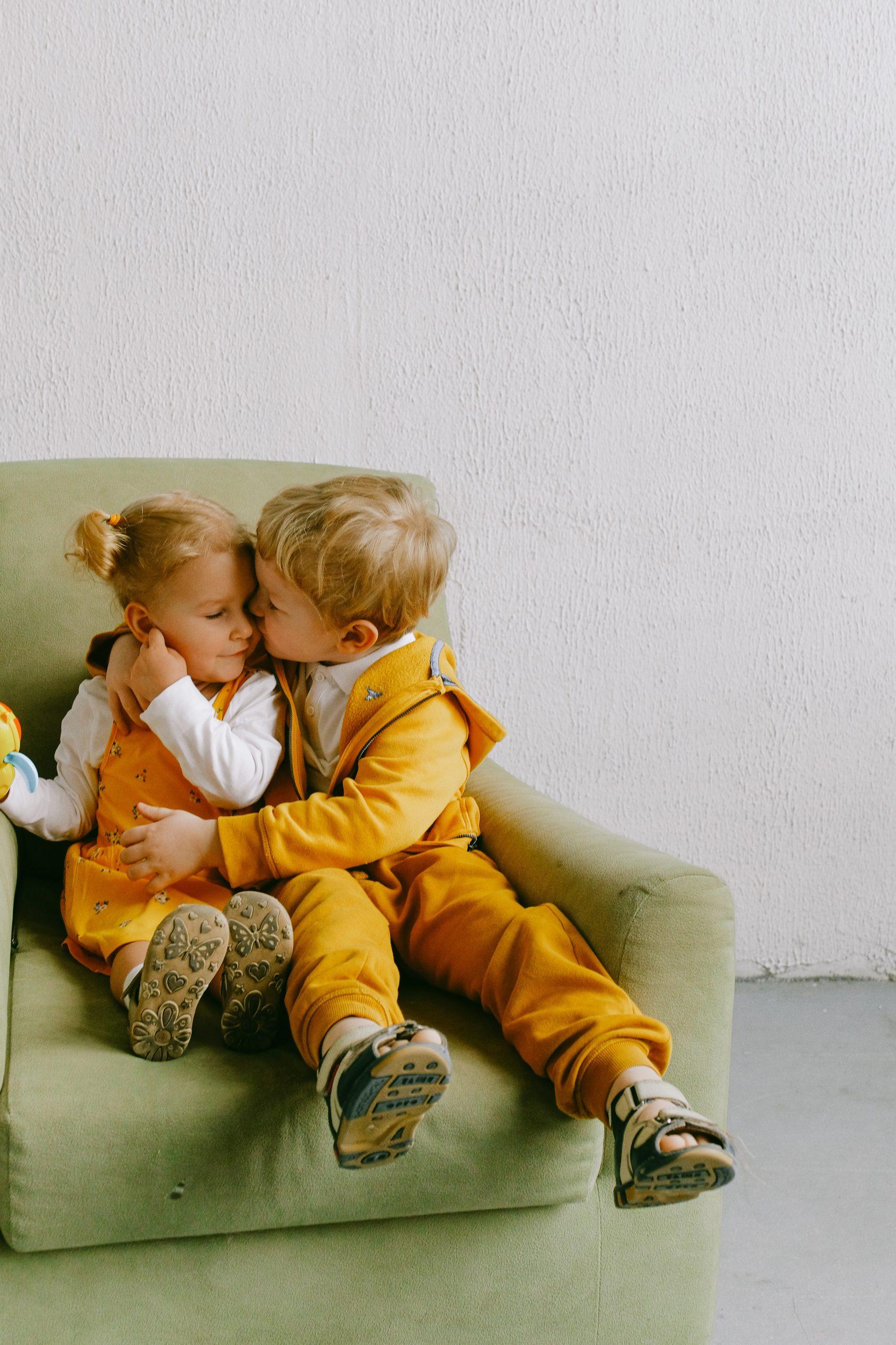 Erstes Kind mit Geschwisterchen