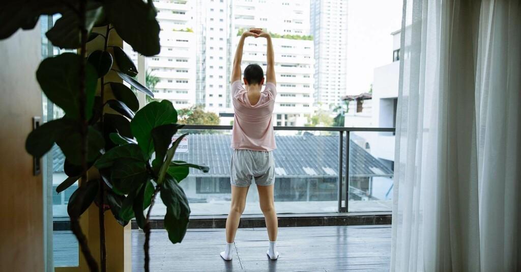 Morgengymnastik damit der Körper fit bleibt