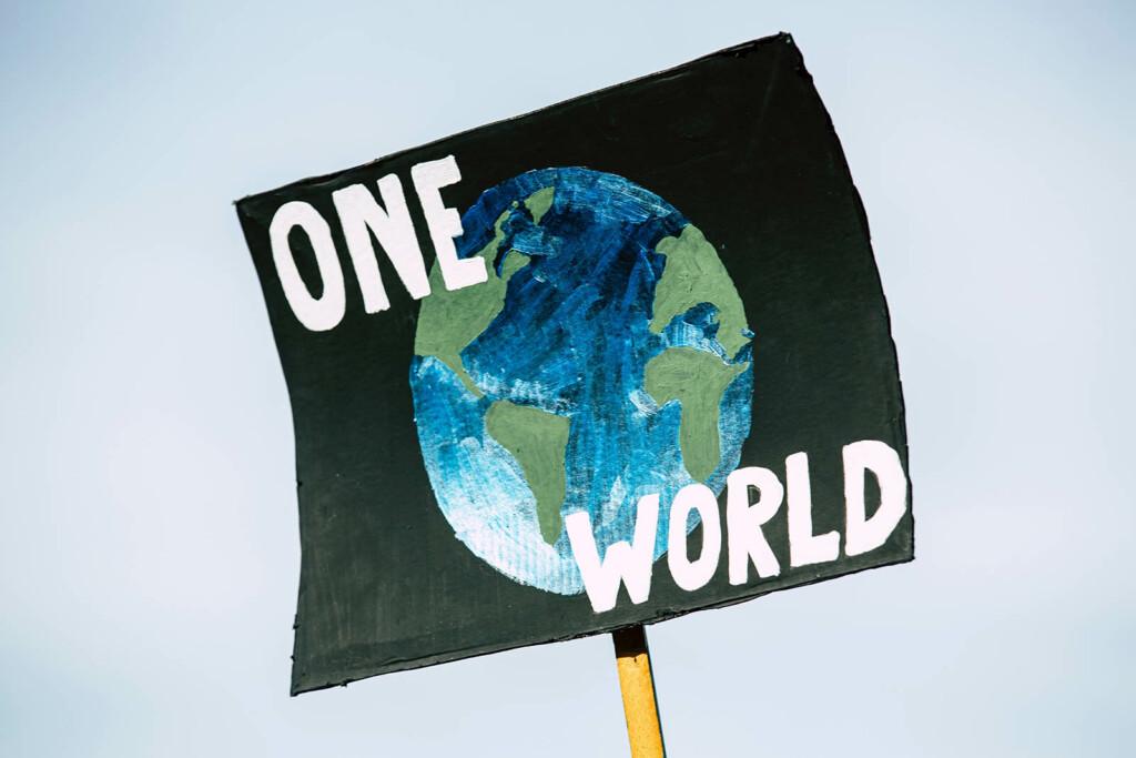 Plakat gegen die Klimakrise