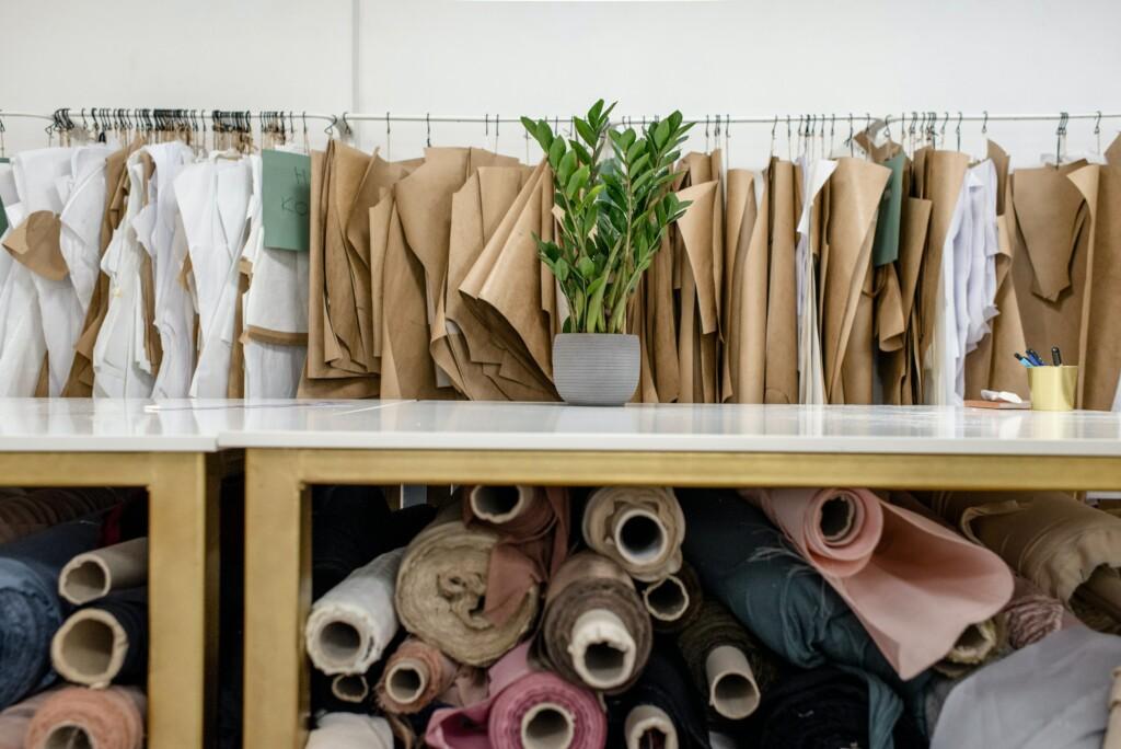 Nachhaltige Stoffe und Verpackungen sind Teil der Fair Fashion